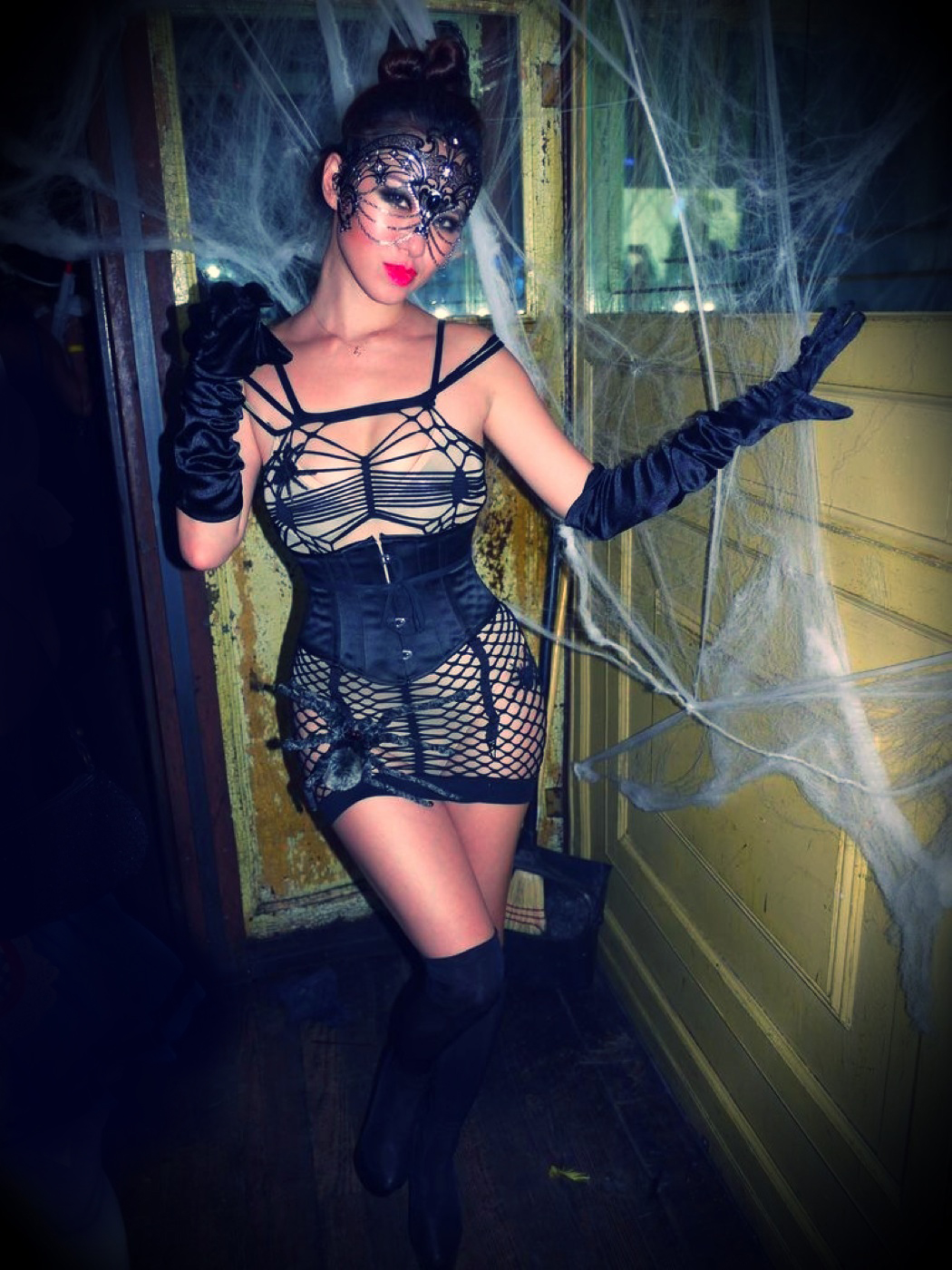 sexy+halloween+costume+spider+web